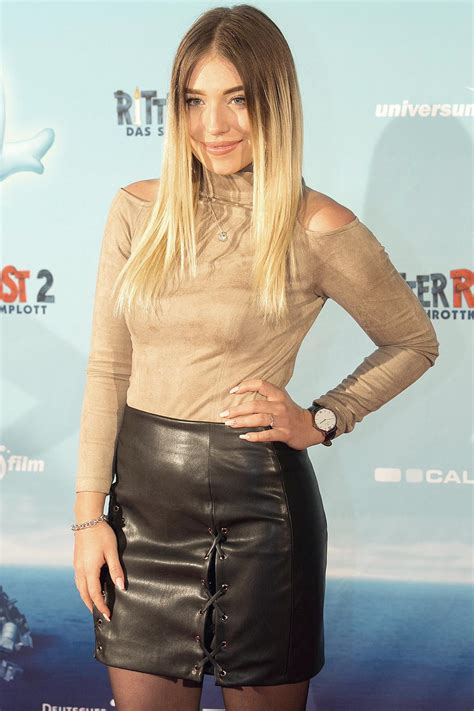 Bianca Heinicke attends Premiere Ritter Rost 2 - Leather
