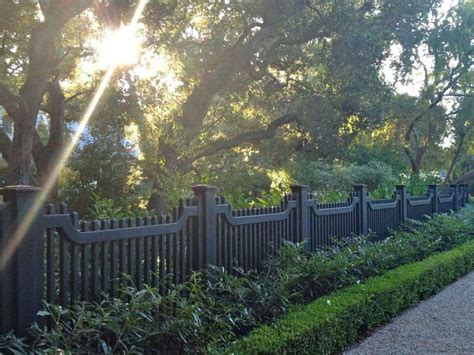 Awesome Modern Front Yard Privacy Fences Ideas (64