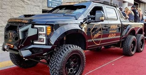 Huge: Ford F550 6x6 Super Duty from the Diesel Brothers!