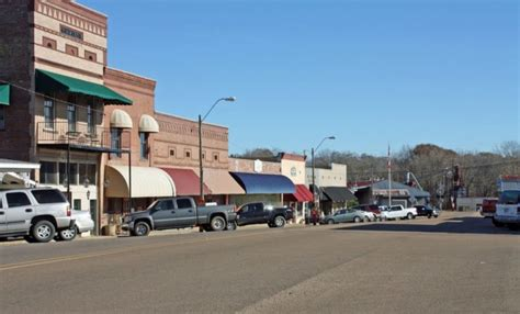 The Simple Life: 10 Of The Best Small Towns In Mississippi