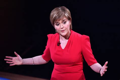 Election 2015: SNP leader Nicola Sturgeon rules out any