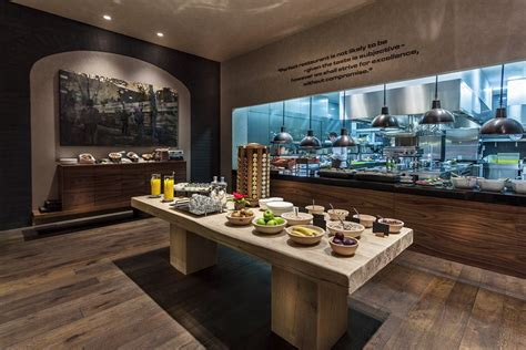 BudNews - Costes Downtown: the newest Michelin restaurant