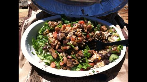 Chipotle Spicy Steak Burrito Bowl Review - YouTube