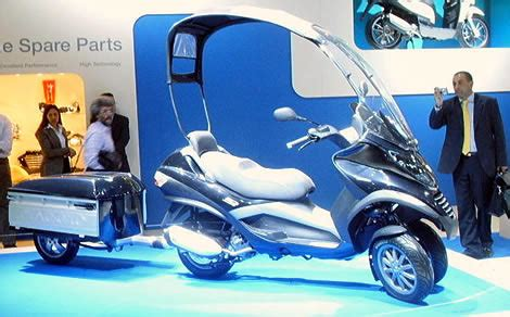 Modern Vespa : OK, so this is a strange question